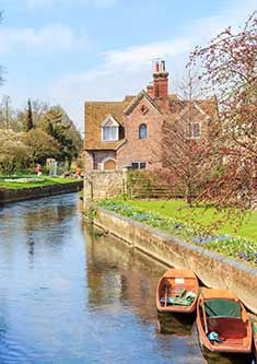 A beautiful river in Canterbury, right view